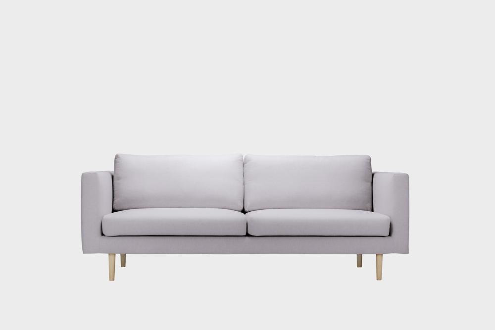 Cosy-sohvan irtopäällinen vaaleanharmaalla Soft-kankaalla.