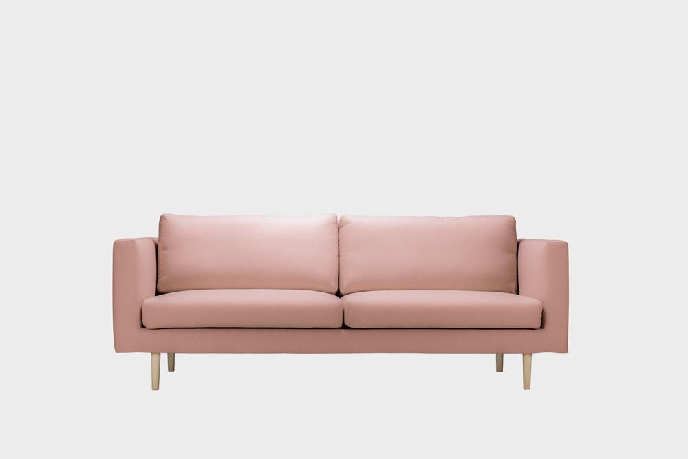 Cosy-sohvan irtopäällinen vaaleanpunaisella Soft-kankaalla.