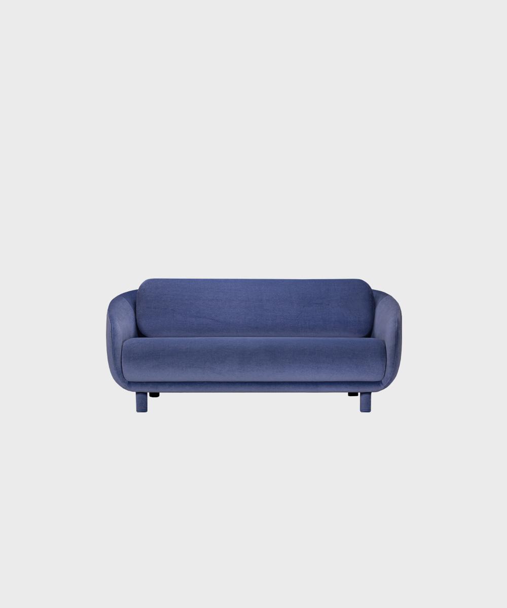Bobo-sohva laventelin värisellä Gentle-kankaalla ja irroitettavilla säärystimillä.