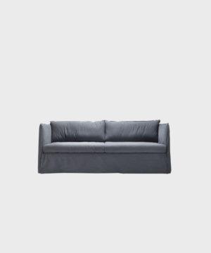 Filippa-sohva siniharmaalla Ranch-kankaalla.