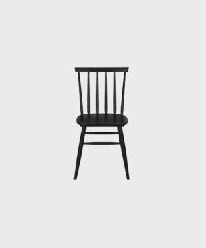 Musta Pinna-tuoli.