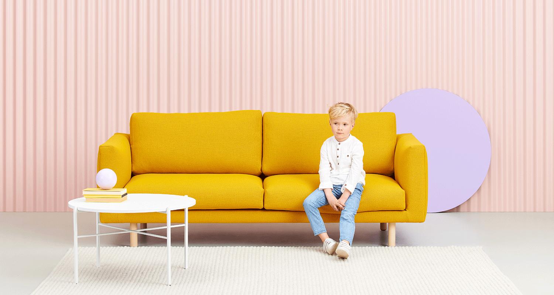Hakola Cosy Pocket Wool -sohva sahramin värisellä Hallingdal-kankaalla