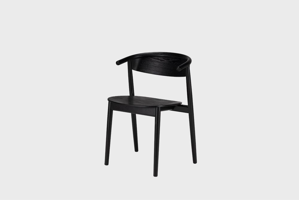Hakola Mama-tuoli musta