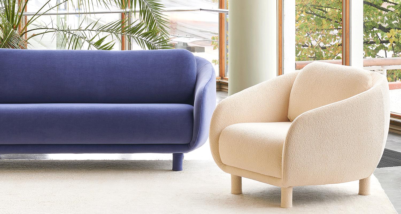 Hakola Bobo Velvet 2:n istuttava sohva laventelin värisellä Gentle-kankaalla ja mustilla koivu jaloilla