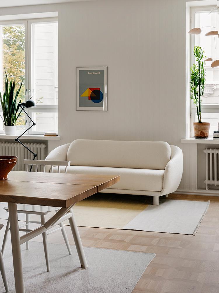 Hakola Friends: Bobo Classic -sohva ja Woody-pöytä Hanna G kotona
