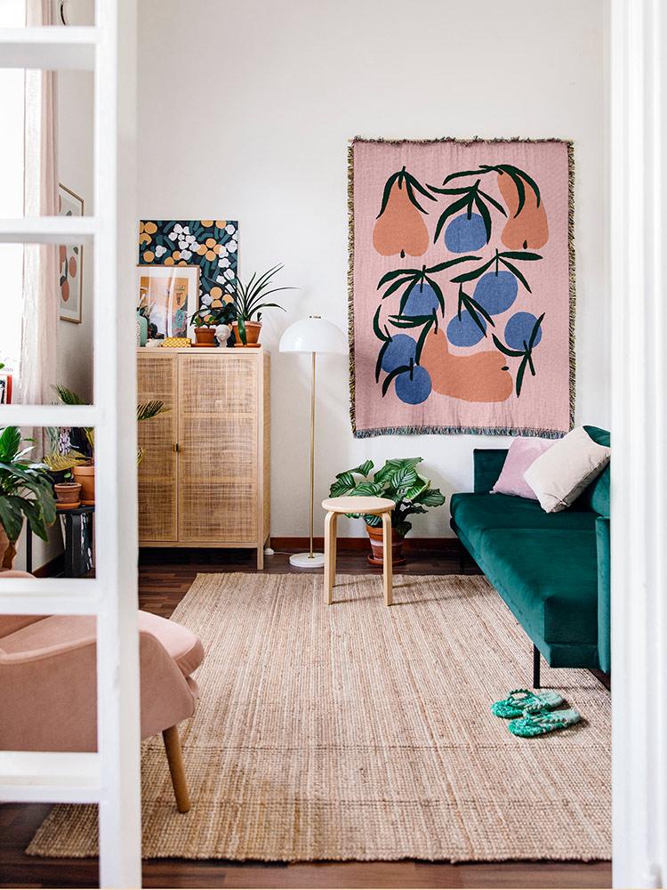 Hakola Friends: Lazy Velvet -sohva ja Day Classic -nojatuoli Lotta Maijan kotona