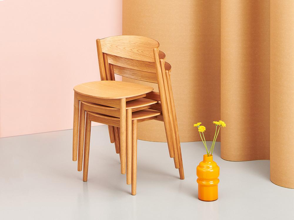 Hakola Mama-tuoli käsinojaton tammesta