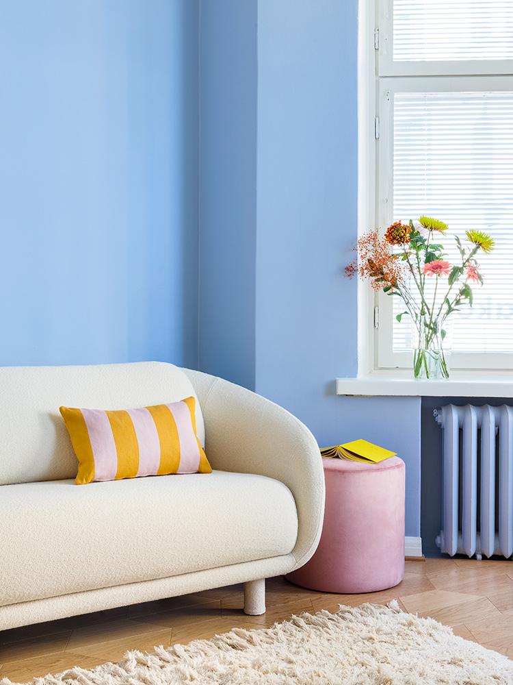 Hakola Bobo Wool -sohva luonnonvalkoisella Moss-kankaalla